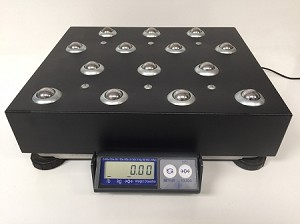 Mettler Toledo PS60, 150 lb x 0.05 lb Shipping Scales with Ball-Top Platter - Used